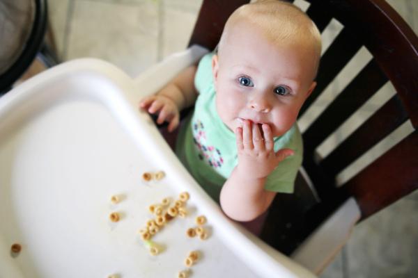 Quelle alimentation pour un bébé de 9 mois ?